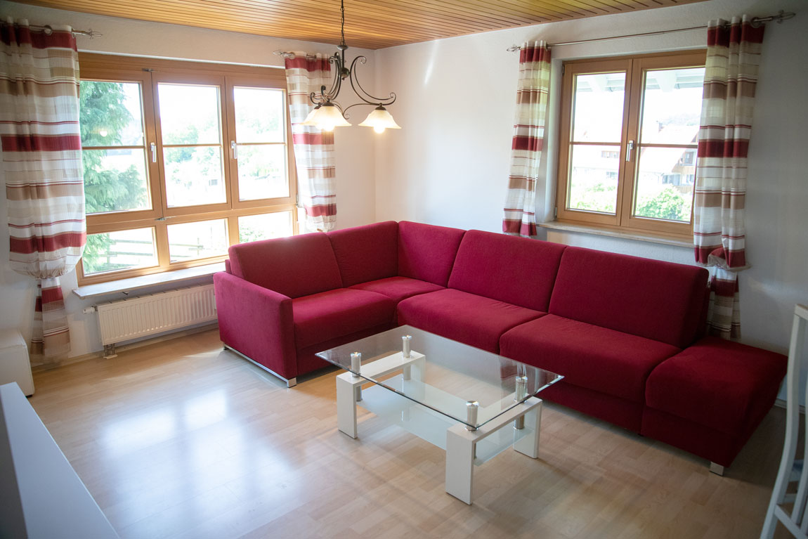 2020-05-wohnzimmer_adlerhorst_haus-sonnenschein