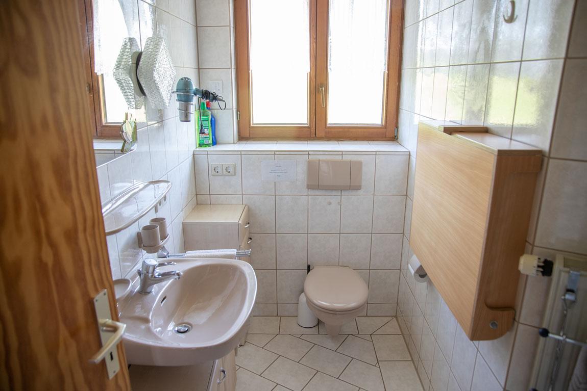 2020-05-ferienhof-sonnenschein-seeblick-bad