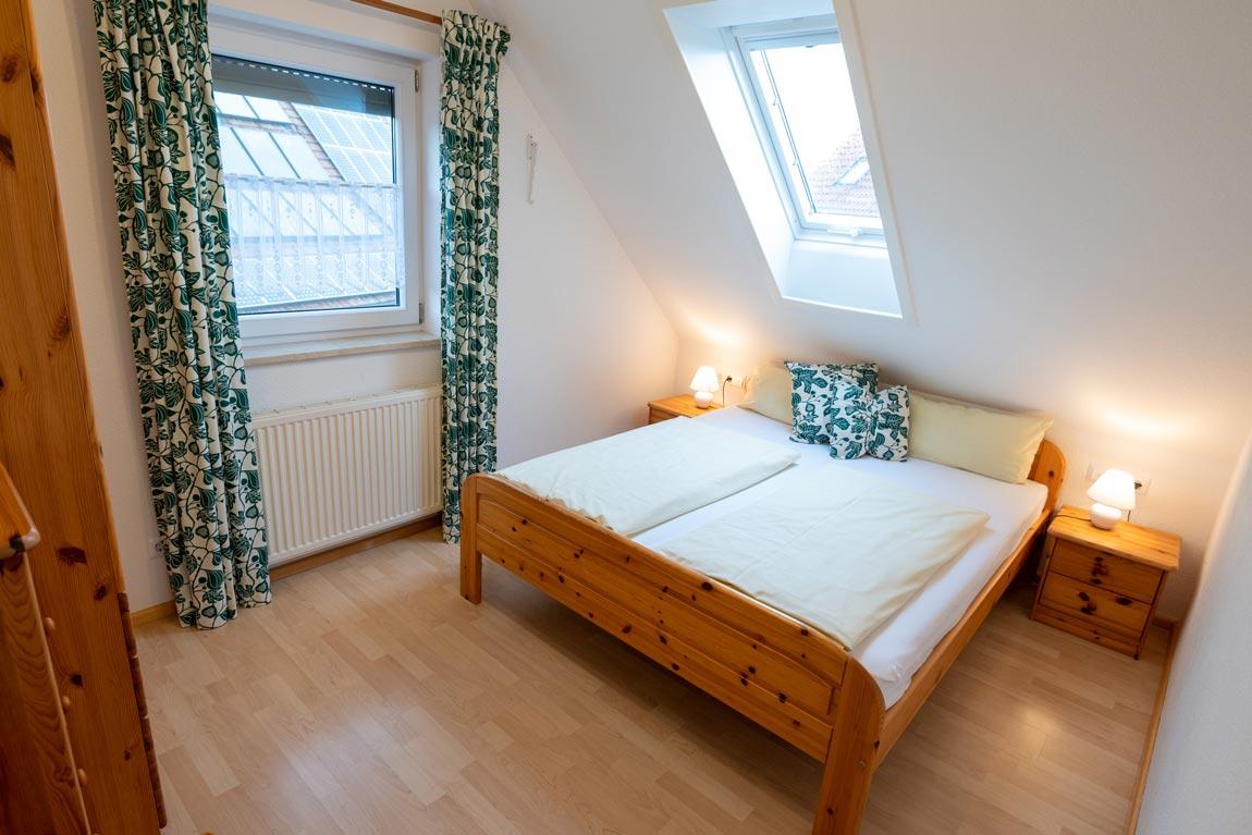 2021-01-schlafzimmer2_spatzennest_haus-sonnenschein